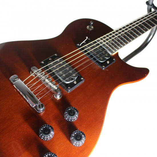 Guitarra Electrica Washburn WIN14 WAPAKE-A